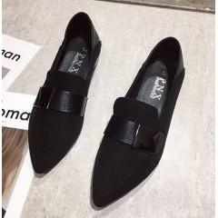 Замшевые балетки черные с острым носком