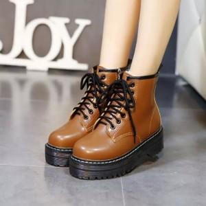 Женские ботинки на высокой подошве рыжие