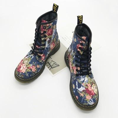 Синие женские ботинки с цветочным принтом