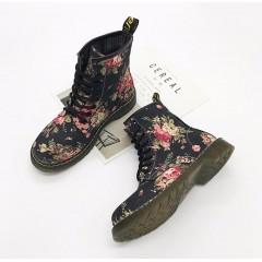 Черные женские ботинки с цветочным принтом