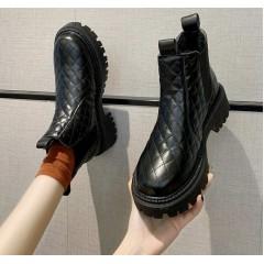 Стеганые ботинки челси с мехом зимние черные