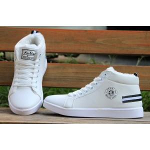 Теплі білі зимові кросівки