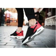 Спортивные теплые зимние красные кроссовки