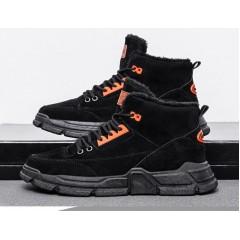 Спортивные высокие кроссовки с мехом черные