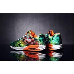 Мужские кроссовки с оранжевым принтом космос