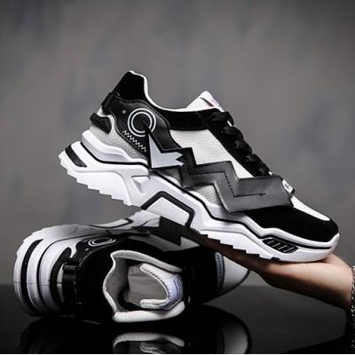 Мужские черные кроссовки с молниям Пикачу