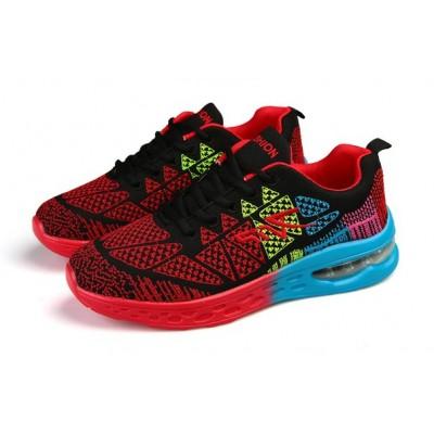 Красные кроссовки с градиентной подошвой