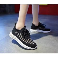 Женские черные кроссовки сетка