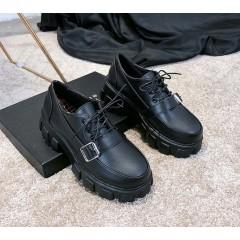 Женские туфли броги на тракторной подошве