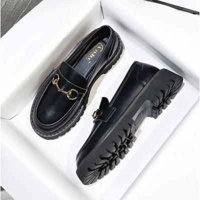 Туфли лоферы для девушки на тракторной подошве