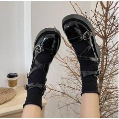 Винтажные туфли лаковые с ремешками