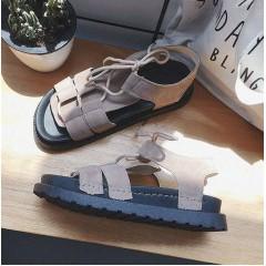 Женские бежевые сандали в римском стиле