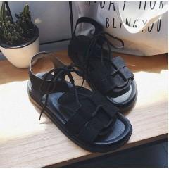 Женские черные сандали в римском стиле