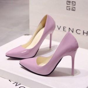 Рожеві лаковані туфлі з гострим носком