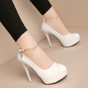 Туфлі білі з ремінцем для дівчат