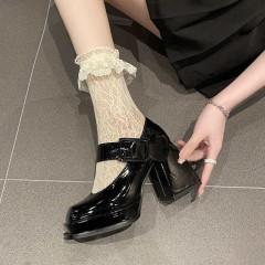 Туфлі Мері Джейн на високих підборах