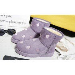 Женские угги с сердечками фиолетовые